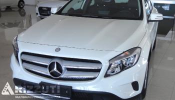 immagine dell´auto usata Mercedes Classe GLA 180d Berlina 1.500cc  109cv Automatic Business E6B