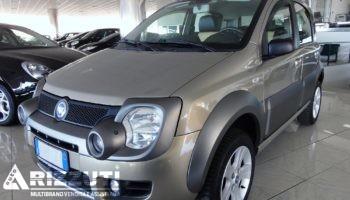 immagine dell´auto usata FIAT  PANDA 1.3 Mjt  – 4×4 – 70 cv CROSS