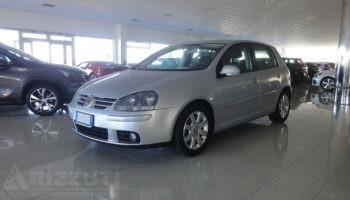 immagine dell´auto usata Volkswagen Golf   2.0 Tdi  Sportline  140 cv – 5 Porte
