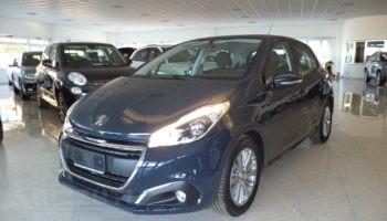 immagine dell´auto usata Peugeot 208 BLUE HDI 100cv 5P ACTIVE PACK SILVER