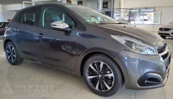 immagine dell´auto usata Peugeot 208 BLUE Hdi 100cv 5P SIGNATURE