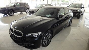 "immagine dell´auto usata BMW 318d MSport aut. 2.0D 150cv ""Navy Led"""